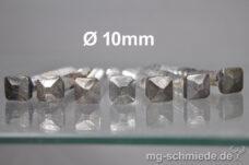 Geschmiedete Zierschraube | Vierkantschraube 10mm